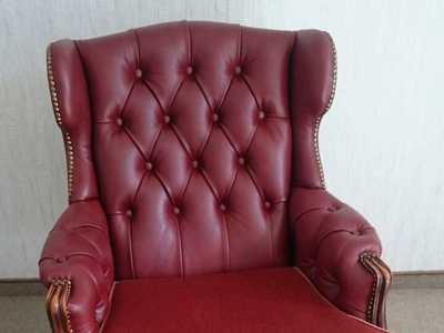 Sessel Sofa klassische Polsterarbeit Handwerk
